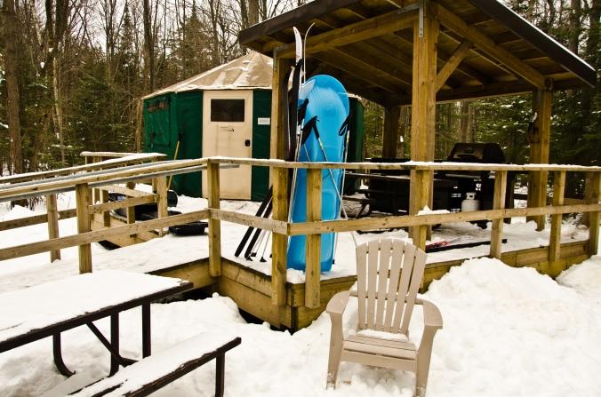 yurt Killarney Provincial Park in the winter