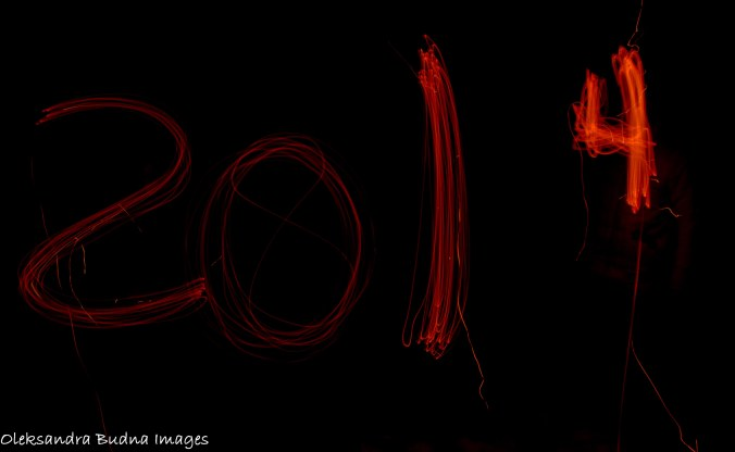 2014 written with glowing sticks