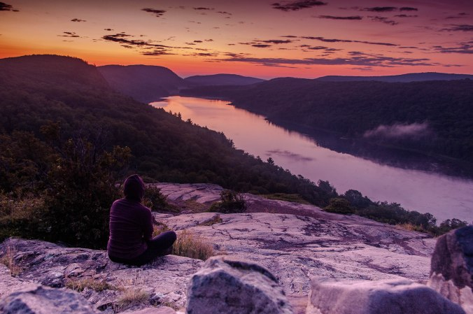before sunrise at Lake of the Clouds