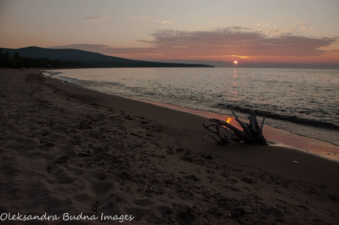 sunset o Lake Superior at Porcupine Mountains