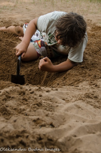digging in the sand