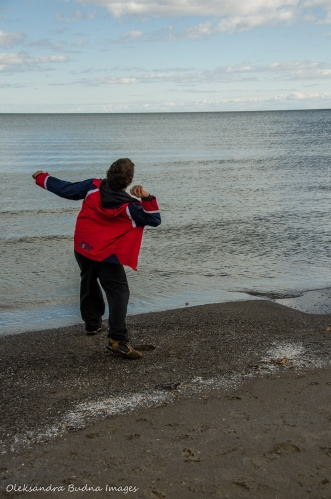 skipping stone in Lake Ontario