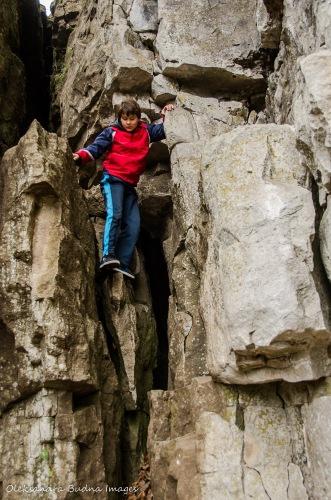 climbing limestone cliffs at Rattlesnake Point