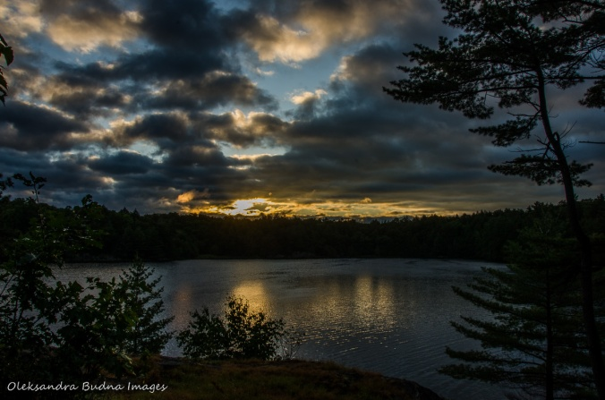 sunrise on Terry Lake in Killarney