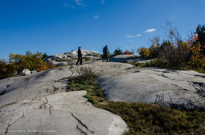 trail to Silver Peak in Killarney in the fall