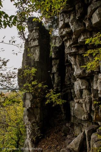 rock cliffs at Rattlesnake Point