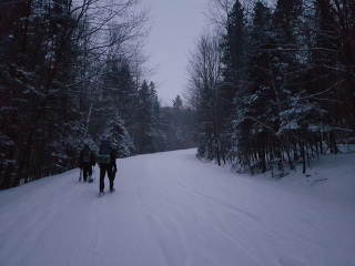 snowshoeing to the four-season tent in Gatineau