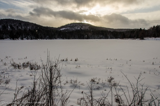 lake Renaud in Gatineau Park in the winter