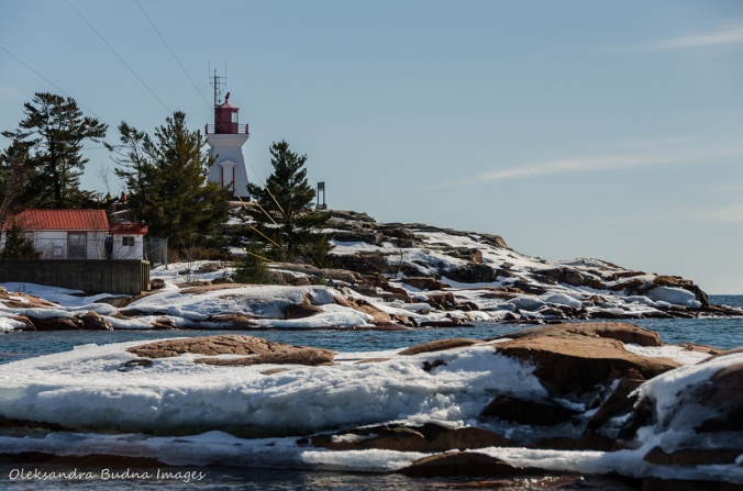 Georgian Bay and Killarney lighthouse in the winter