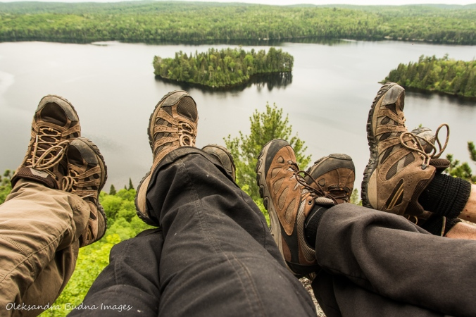 hiking Centennial Ridges trail in Algonquin