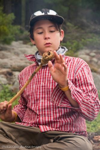 making bannock on a stick