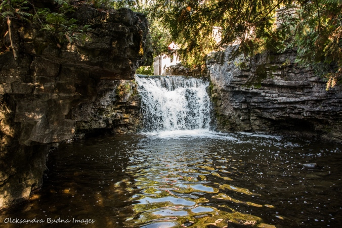 waterfalls at Rockwood Conservation area