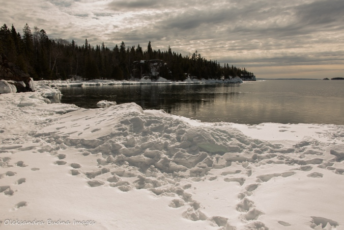 view of Lake Superior along Kabeyun Trail in Sleeping Giant provincial park in the winter