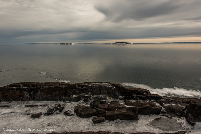 view from Tee Harbour in Sleeping Giant provincial park in the winter
