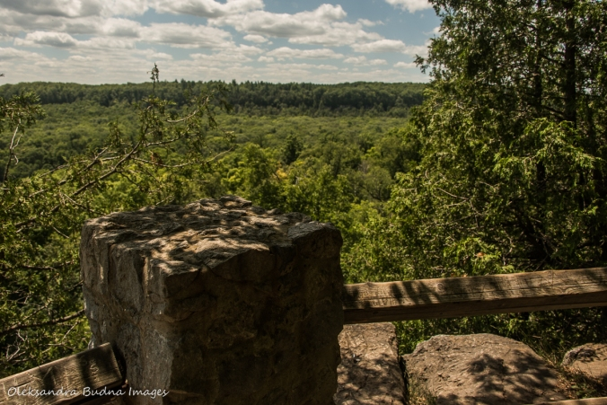 view from Buffalo Craig Lookout in Rattlesnake Point