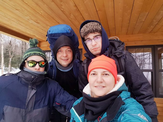 group selfie in front of Spica cabin at Parc national du Mont-Mégantic