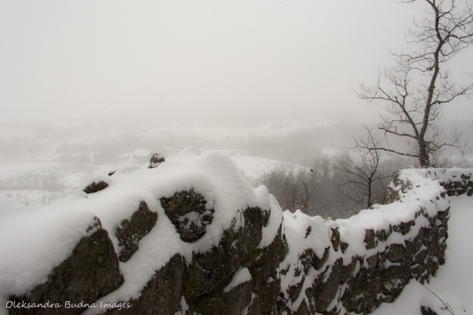 view from rattlesnake point in the winter