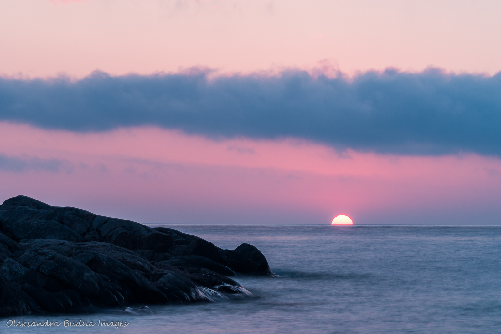 Sunset on Lake Superior at Picture Rock Harbour South in Pukaskwa