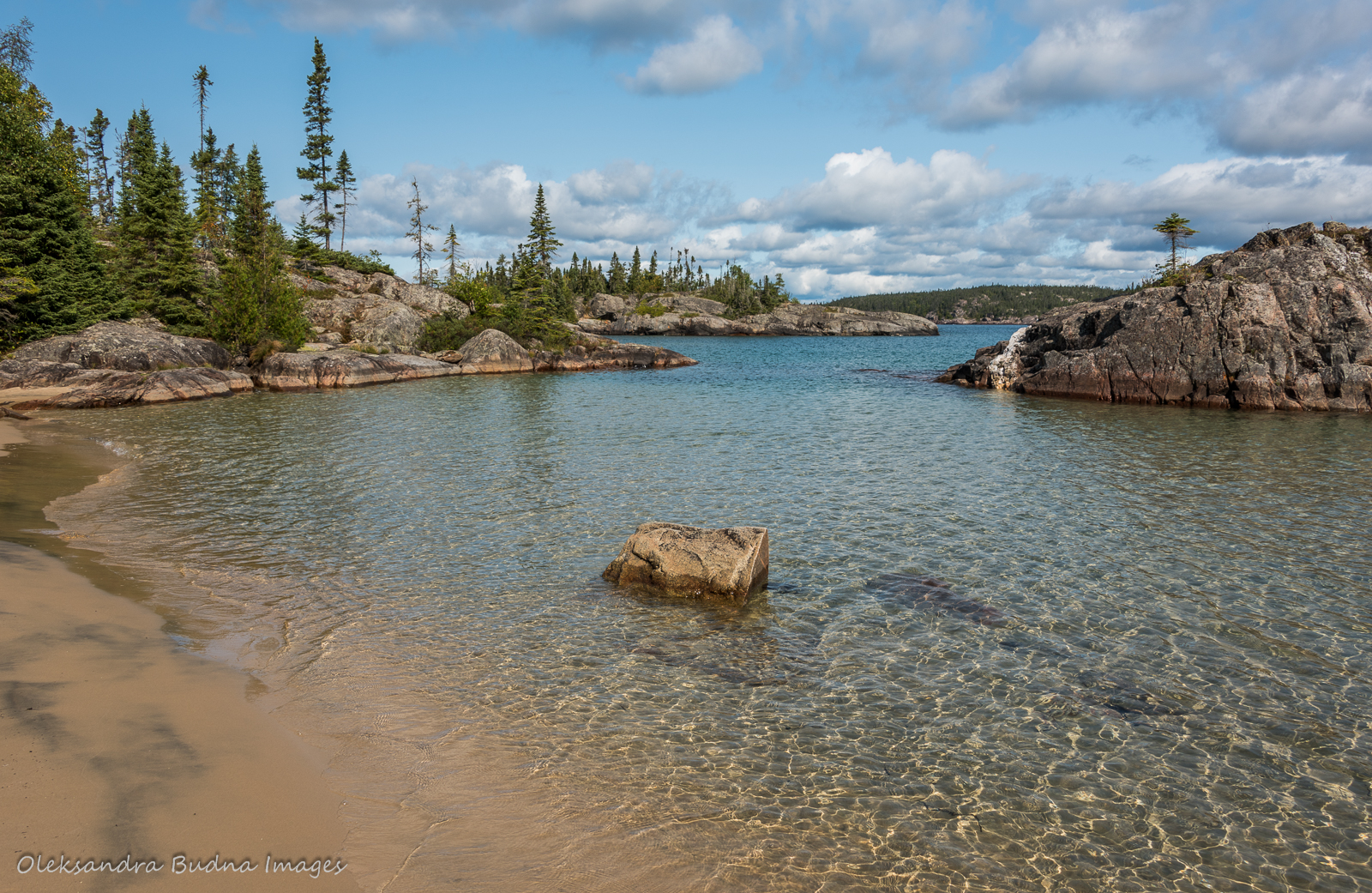 Picture Rock Harbour South in Pukaskwa